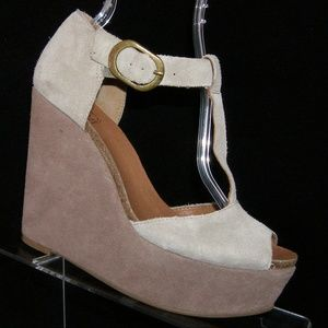 Lucky Brand Sandy gray suede t-strap wedges 8.5M